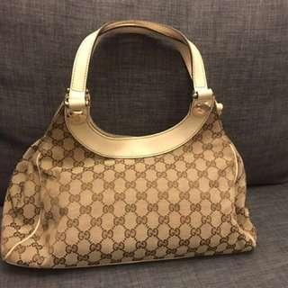 Gucci monogram hand bag