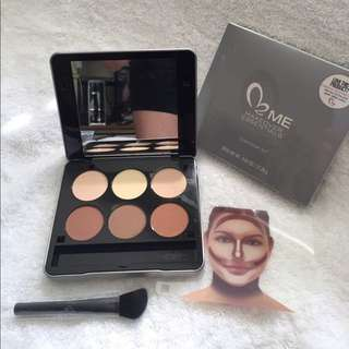 Make Up Creations Contour and Highlight Kit