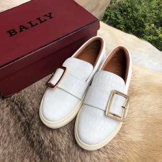 Clearance♥️ Bally slip on