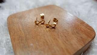 18k Gold Infinity Earings