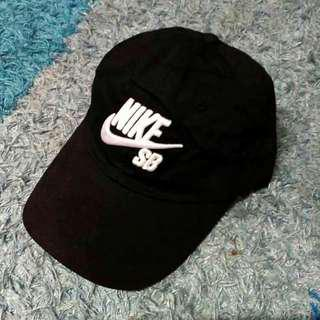 6cb1d2f6230 Nike SB 6 panel cap