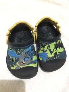 crocs size 8-9