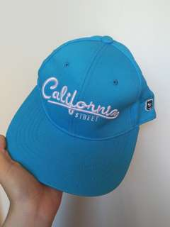 🚚 CACO水藍鴨舌帽
