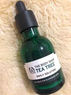 The Body Shop Tea Tree Serum isi masi 35%