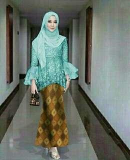 Set Kinayan brukat batik