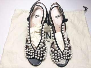 Fendi high heel 蝴蝶珍珠