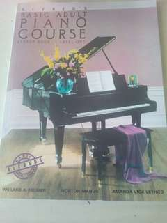Alfred's Basic Adult Piano Course Lesson Book Level One