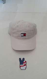 Tommy hilfiger logo topi