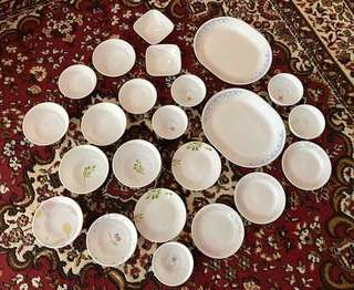 Sets of Corelle livingware