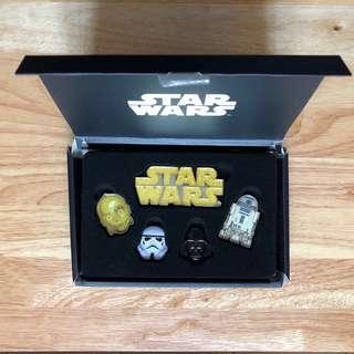 Star Wars pin set