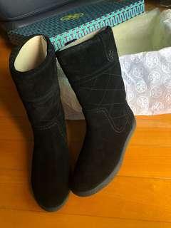 Tory Burch 黑色毛毛Boots