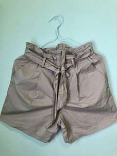 Uniqlo Highwaist Shorts