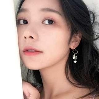 K-Style Asymmetrical Gold Star Earring