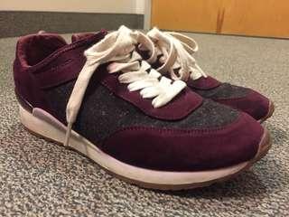 ZARA Burgundy Sneakers