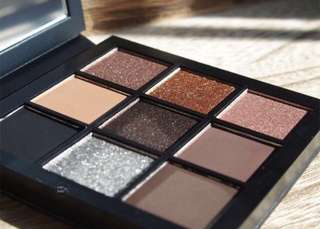 [ LAST PC ] Huda Beauty Smokey Obsessions Mini Eyeshadow Palette