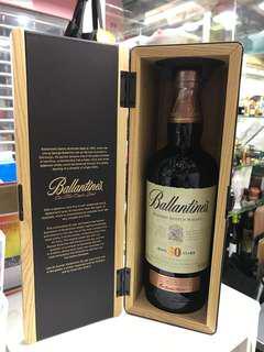 Ballantine's Blended Scotch Whisky 30 年