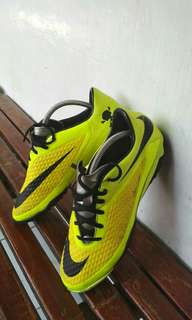Sepatu futsal Nike Hypervenom original (No adidas,puma, specs)