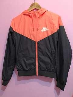 🚚 Nike防風外套(女)