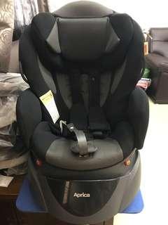 Aprica汽車安全座椅