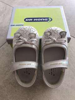 Dr Kong toddler flat shoes