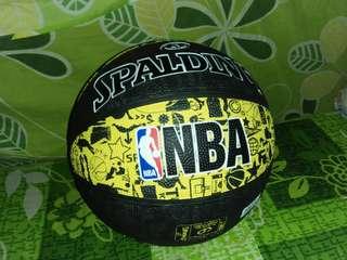Bola basket spaldinf