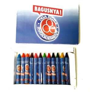 Crayon Besar