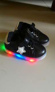 Sepatu led anak