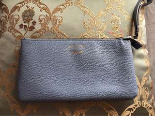 * PRICE REDUCE * GUCCI Wrislet in Baby blue
