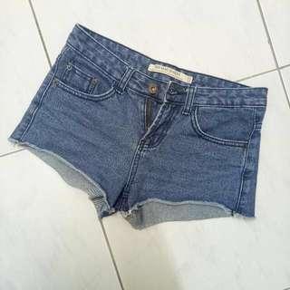 🚚 #牛仔短褲#女裝半價拉