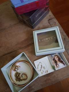 Buckley: Earrings, Necklace and Bangles - Unused!