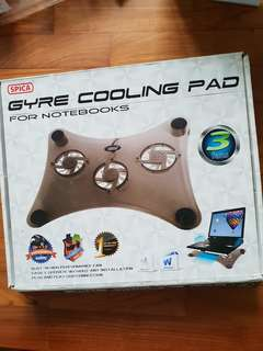 Lap top cooling pad
