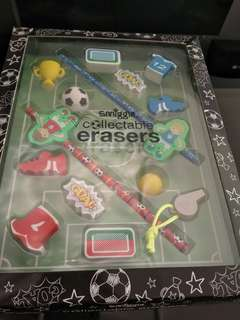 🚚 Smiggle Limited Edition Eraser Set
