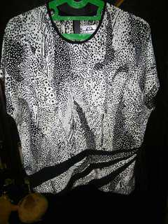 1 set blouse dan rok
