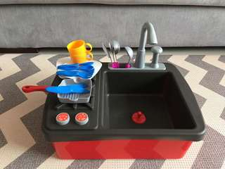 Toy sink and stove/Kitchen set