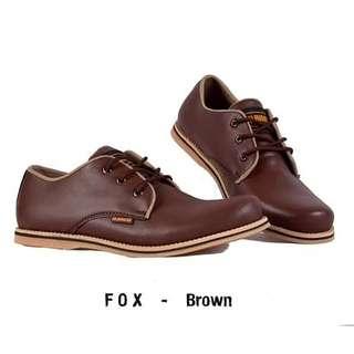 Sepatu cassual ptia fox