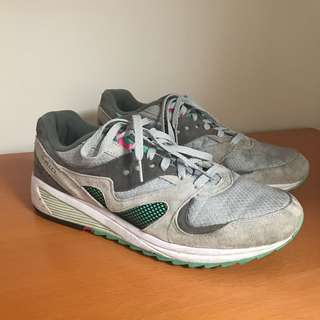 Men's Retro Saucony Limited Edition Size 11 Sneakers Shoes