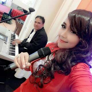 Hiburan musik organ tunggal wedding