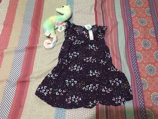 Baby Girl dress size 18m, runs small. With tag, preloved or US bale.