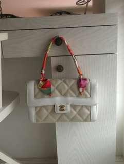 Vintage chanel白色牛皮接拼帆布菱格金扣手提包 kelly handle 25x15x6cm