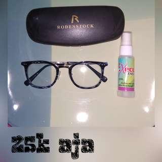 kacamata navy