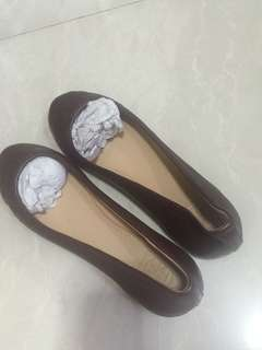 Tory Burch flat (100% real) size 7  US