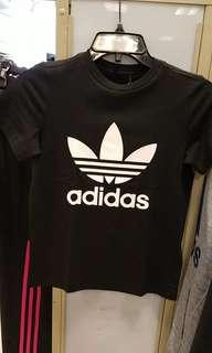 🚚 Adidas經典上衣