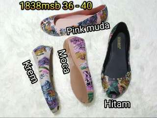 Flat shoes jelly bara bara