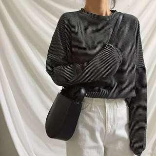 🚚 黑色條紋衣