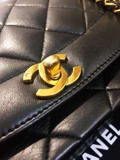 Chanel Diana vintage black lambskin bag