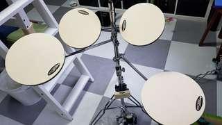 DW 5 piece smart practice drum pads