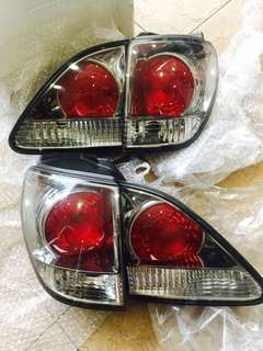 TOYOTA HARRIER 3.0 TAIL LAMP