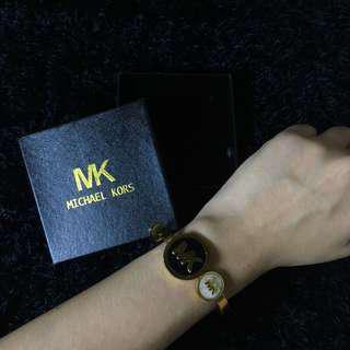 Michael Kors stainless bangle