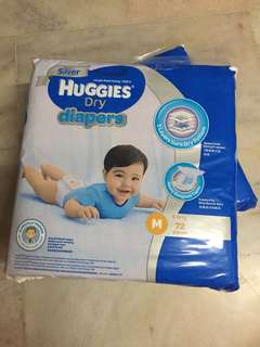 Huggies dry diapers silver for 2