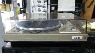 Akai Turntable model AP-206C..Gd Cond